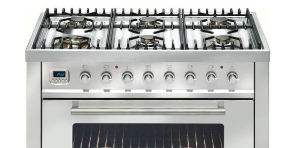 Choosing the right commercial oven for your catering business