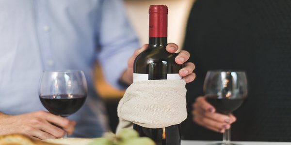 How to Store, Serve and Drink Red Wine