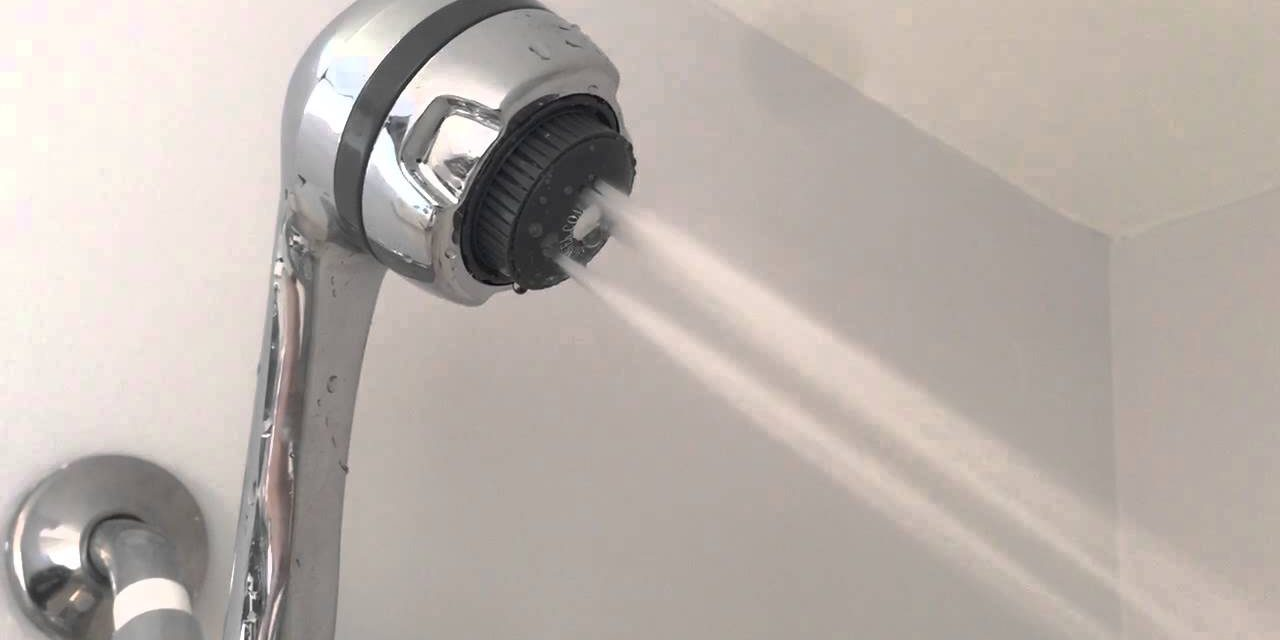 WHAT TO THINK BEFORE BUYING A SHOWER HEAD?