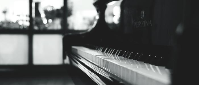 Are You A Busy Working Adult? Take Up Online Piano Exercises to Live Your Passion
