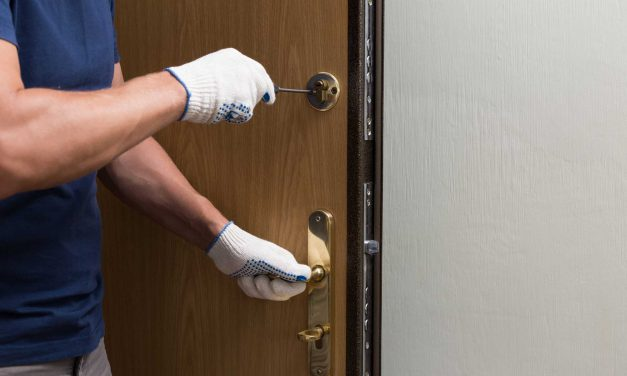 4 Simplest Tips To Follow For Successful Door Installation