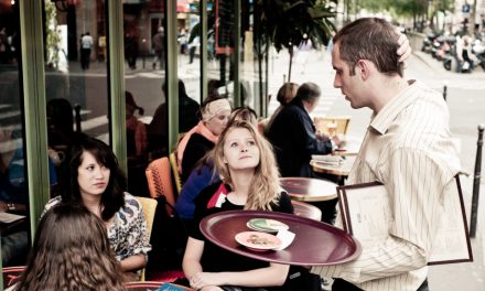 How to choose the best waiter/waitress for one's restaurant?