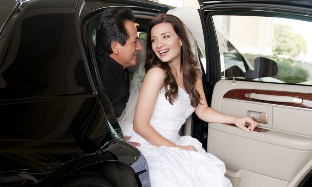 Why Choose Limo Services Santa Clarita Over a Taxi